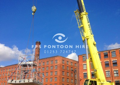 FPS Pontoon Installation Crane