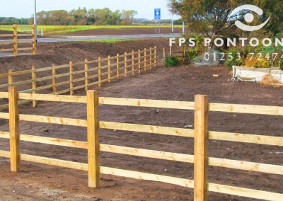 Fencing by Floating Pontoon Solutions