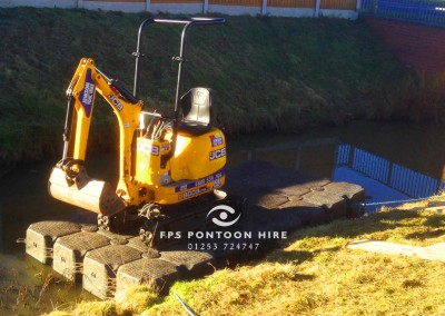 Watercourse Maintenance Dredging Floating Platform Pontoons