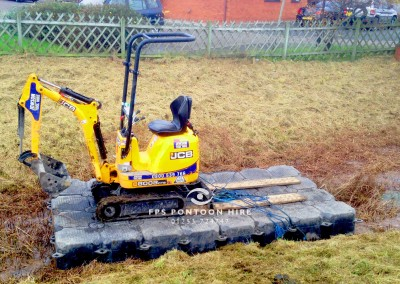 Watercourse Maintenance Dredging by Floating Pontoon Solutions