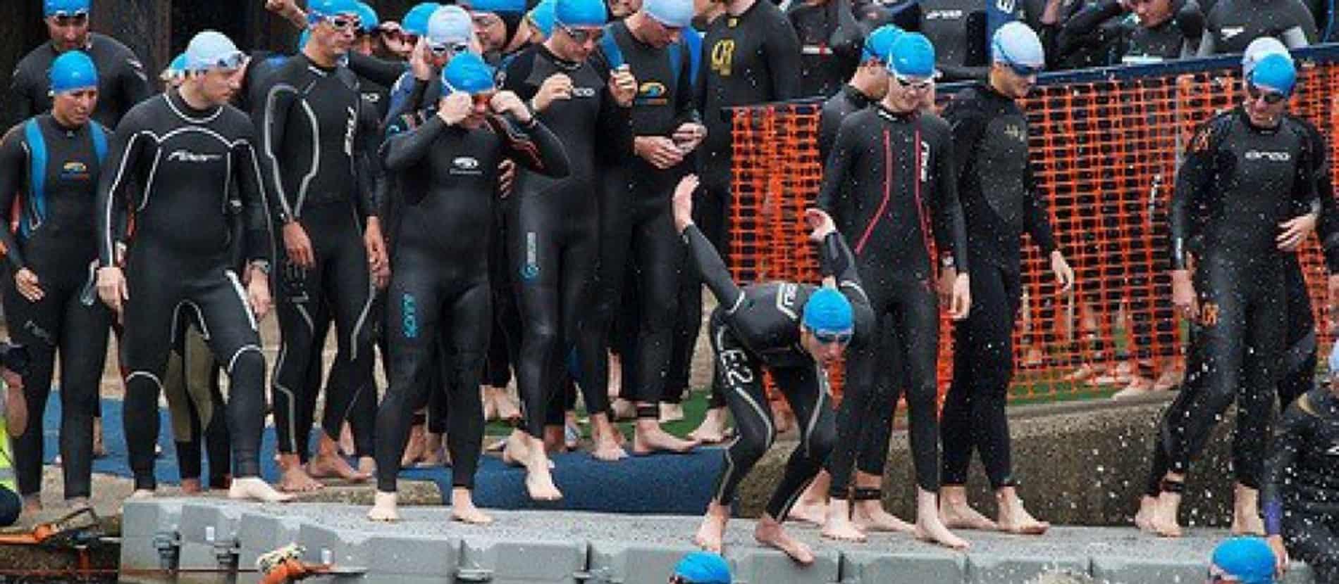 Triathlon floating swim platform