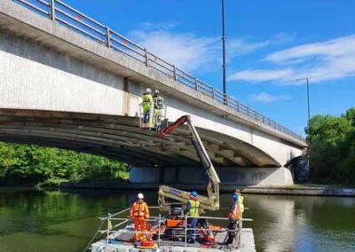 Floating MEWP Bridge Inspection Pontoons